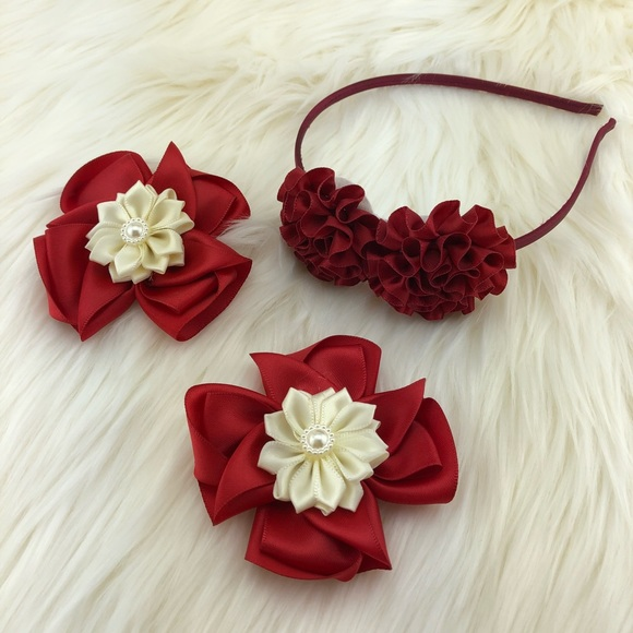 Other - Flower Headband with nice flower ribbon clips